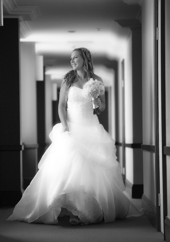 Crowne-Plaza-Terrigal-wedding-Photography_009