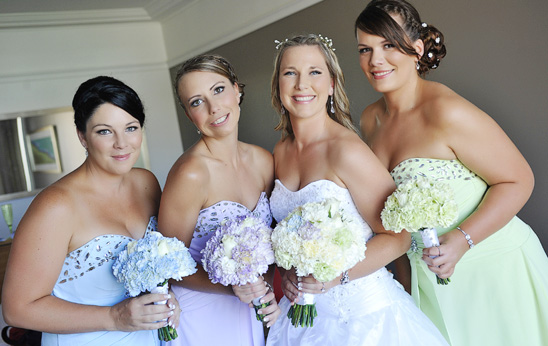Crowne-Plaza-Terrigal-wedding-Photography_011