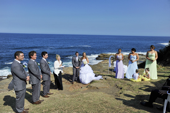 Crowne-Plaza-Terrigal-wedding-Photography_012