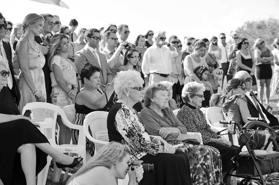 Crowne-Plaza-Terrigal-wedding-Photography_013